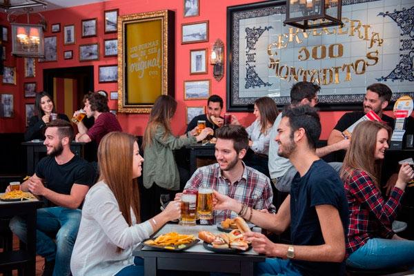 100 Montaditos Franquicias. Gran valor de la marca: Cervecería 100 Montaditos es una marca love brand para el consumidor; disfruta de un reconocimiento global con gran atracción entre los consumidores. Esto multiplica su valor, convirtiendo las zonas donde se instala en zonas activas y atractivas para visitar.