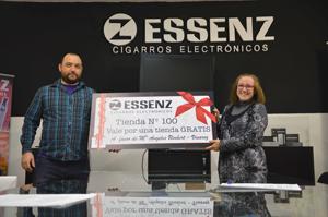 Essenz regala la tienda a la franquicia número 100 para celebrar su expansión