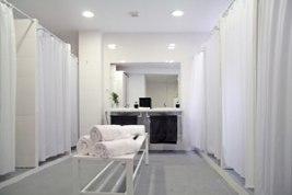 Bikram Yoga Spain Franquicias-La sala en la que se practica está preparada para alcanzar los 42º grados y entre un 40 - 50% de humedad