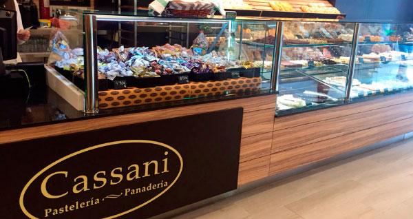 Cassani Franquicias. Su producto se caracteriza por su calidad y tradición, y para complementar la experiencia, sus locales cuentan con una decoración moderna y ambiente confortable.