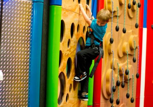 Clip'n Climb Franquicia. El negocio está pensado para garantizar la diversión tanto de niños como de adultos.