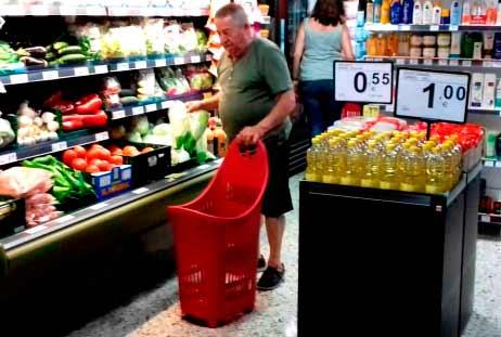 Franquicias EROSKI. La nueva tienda franquiciada ofrece a los consumidores un servicio completo de alimentación con marcas de fabricante y marca propia y de liderazgo