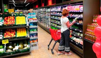 Franquicias EROSKI. La nueva tienda franquiciada ofrece a los consumidores un servicio completo de alimentación con marcas de fabricante y marca propia y de liderazgo en frescos.