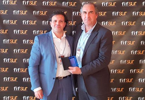 EROSKI Franquicias. EROSKI ha recibido, en el marco de la 4ª edición de la Feria de Franquicias y Negocios del Sur (fifSUR) celebrada en el Palacio de Congresos de Málaga, el Premio a la franquicia más destacada en el sector comercio/retail.