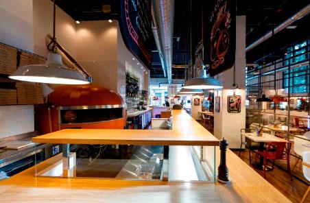 Ginos Franquicias. Ginos lleva así a Valladolid su propuesta renovada de auténtica cocina italiana, cocinada en el momento con ingredientes de calidad y servida en un local moderno y acogedor de 330m2, con capacidad para acoger a 120 comensales.