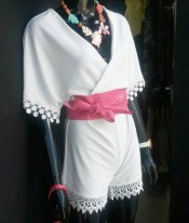 Franquicias La Barata,  Trabajamos con las últimas tendencias en ropa y complementos a precio Low Cost.