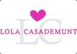 Franquicias Lola Casademunt. Sus colecciones están disponibles en tiendas multimarca y perfumerías especializadas como Júlia y en grandes almacenes.