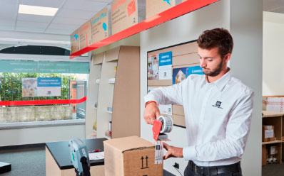 Mail Boxes Etc. Franquicias. Con esta aplicación queremos mejorar el rendimiento de los e commerce. Es indispensable que la logística funcione con precisión, sobre todo en épocas como ésta, en las que las compras aumentan con motivo de la Navidad. Con MBE e-Link queremos ayudar a las empresas a mejorar la productividad, sin tener que preocuparse por todos estos procesos