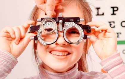 franquicias de óptica y audición. El sector de las franquicias de salud visual y auditiva revolucionando los pilares de la óptica tradicional.