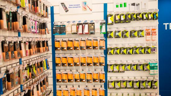 TecnoGallery Franquicias. Nuestras tiendas permiten gestionarse con una sola persona, reduciendo los costes de personal de forma significativa.